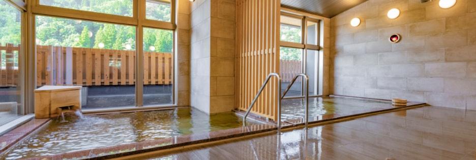 写真:温泉のイメージ
